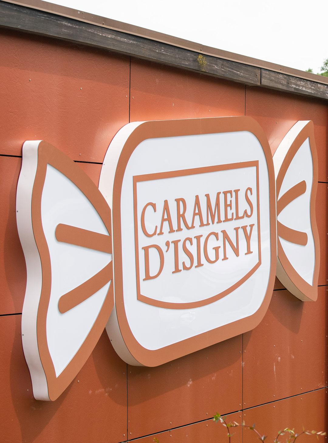 enseigne lumineuse publicite caramels isigny